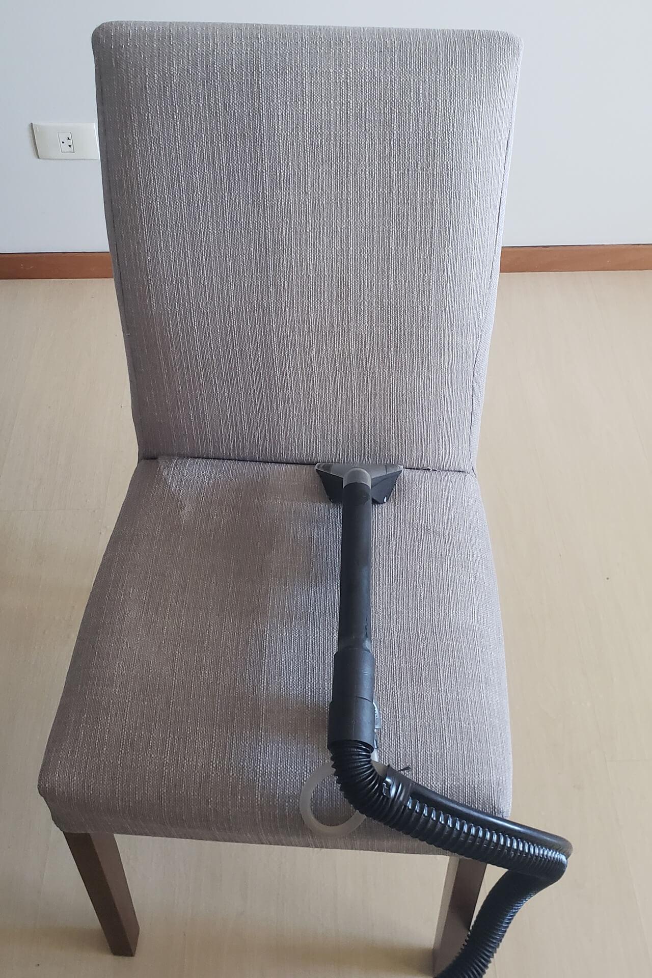 limpeza-de-cadeiras_limpeza-de-cadeiras-em-curitiba-5