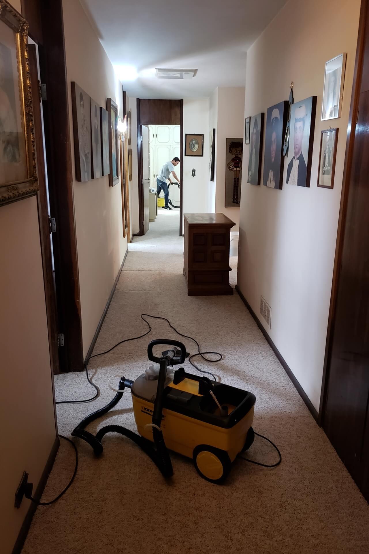limpeza-de-carpetes_limpeza-de-carpetes-em-curitiba-7