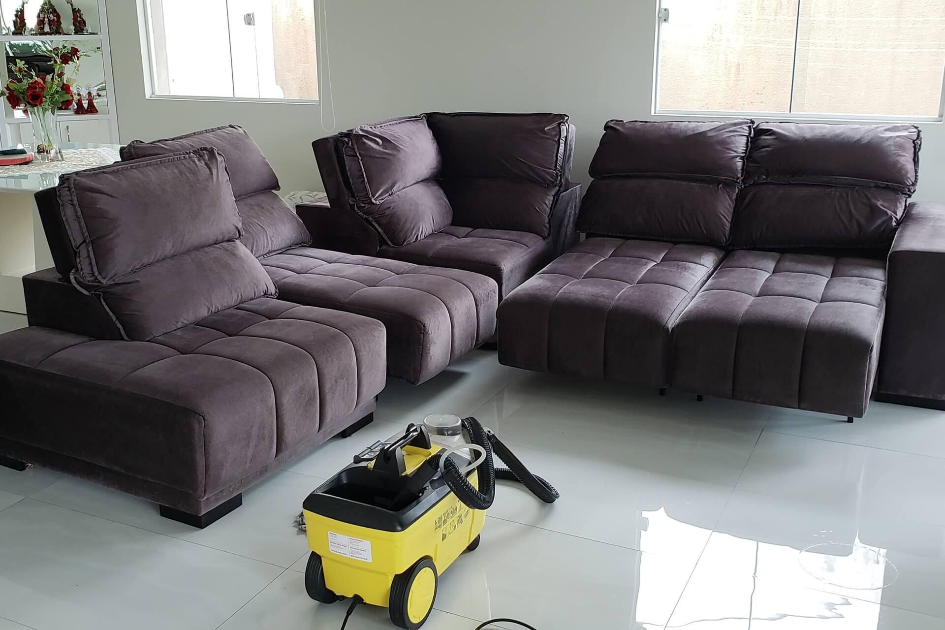 limpeza-de-sofa_limpeza-de-sofa-em-curitiba-3